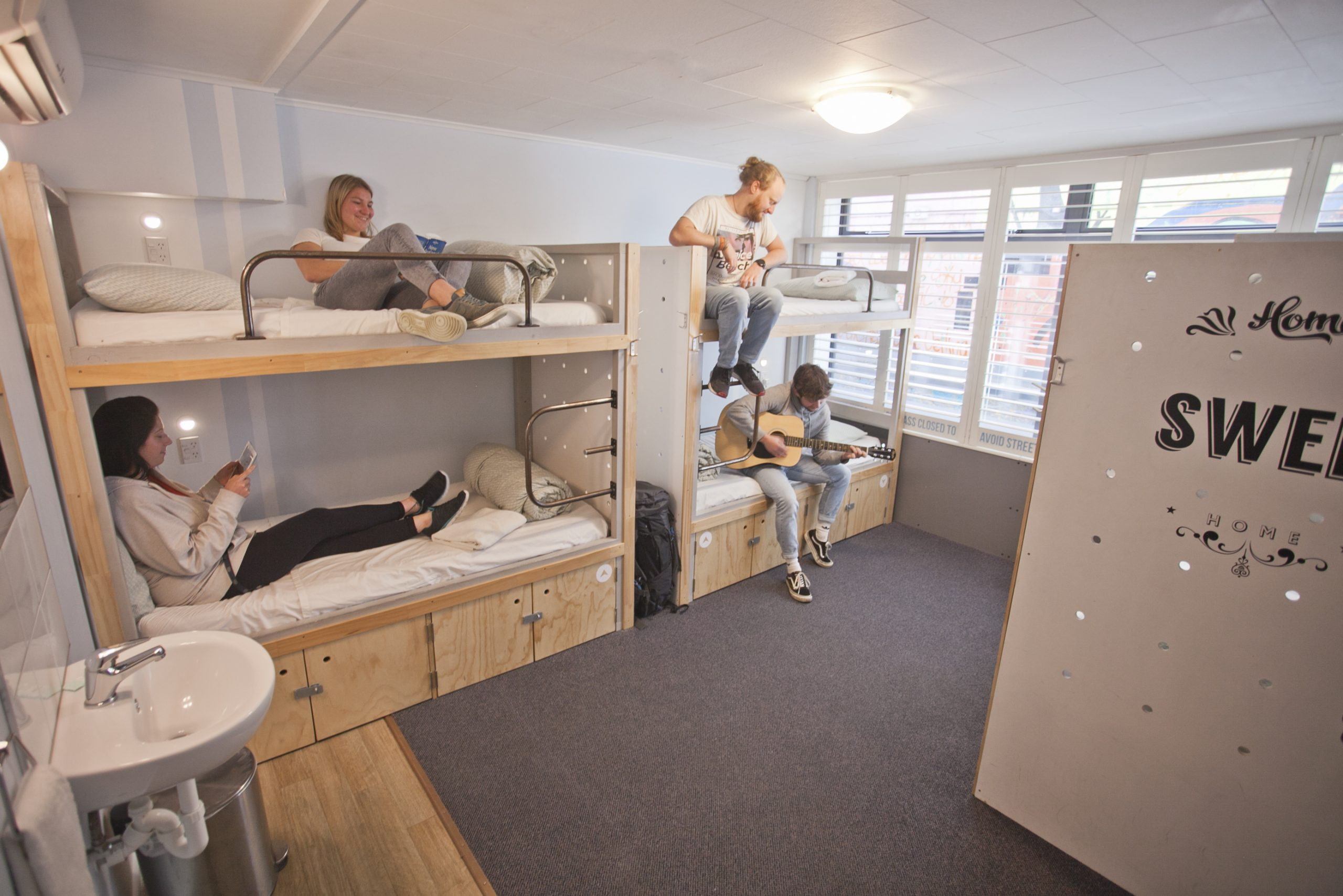 Absoloot Hostel bunks